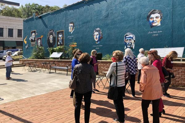 Auburn Campus Club visits Wetumpka, Alabama